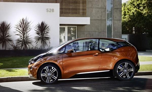 auto elettrica BMW