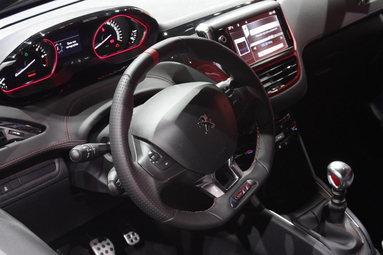 prezzo della nuova Peugeot 208 GTI