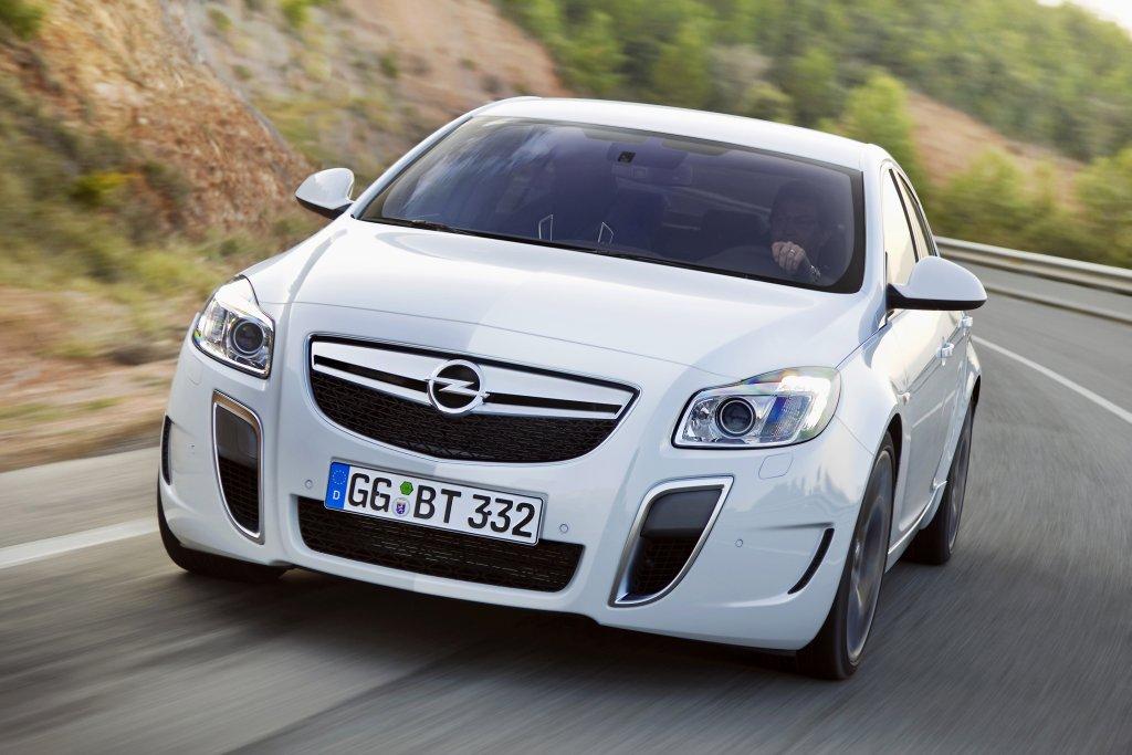 motori dell'Opel Insignia 2013