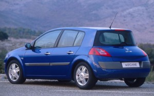 0307_3+2003_renault_megane_ii_sedan+rear_left