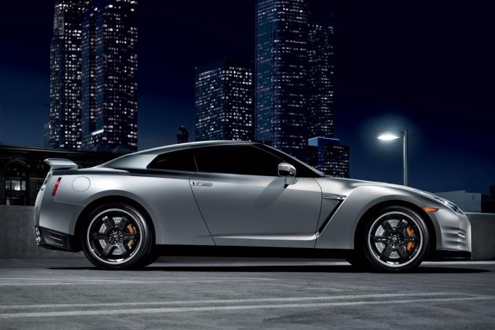 La scheda tecnica di Nissan GTR 2013 Nissan