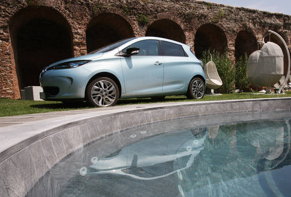 Caratteristiche e autonomia della Renault Zoe Zen Recensioni Renault