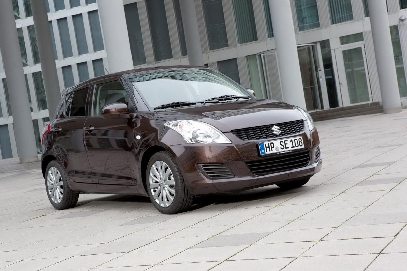 Recensione e prezzi della nuova Suzuki Swift Recensioni