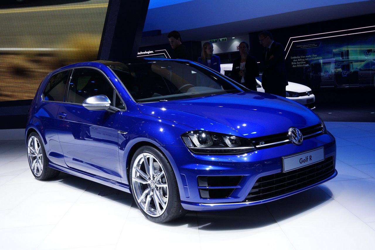 La nuova Golf R: tenacia e potenza al Salone di Francoforte Volkswagen