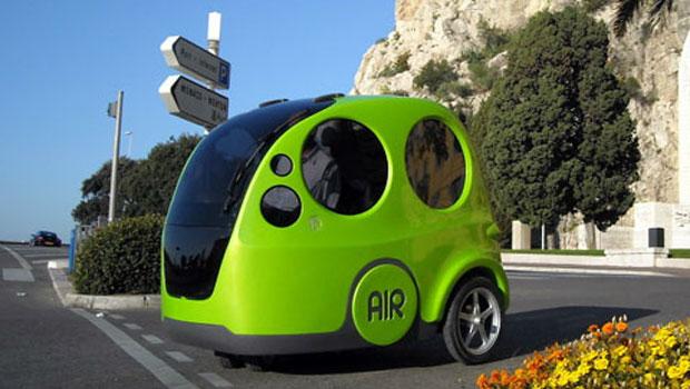 Google presenta l'auto che si guida da sola News