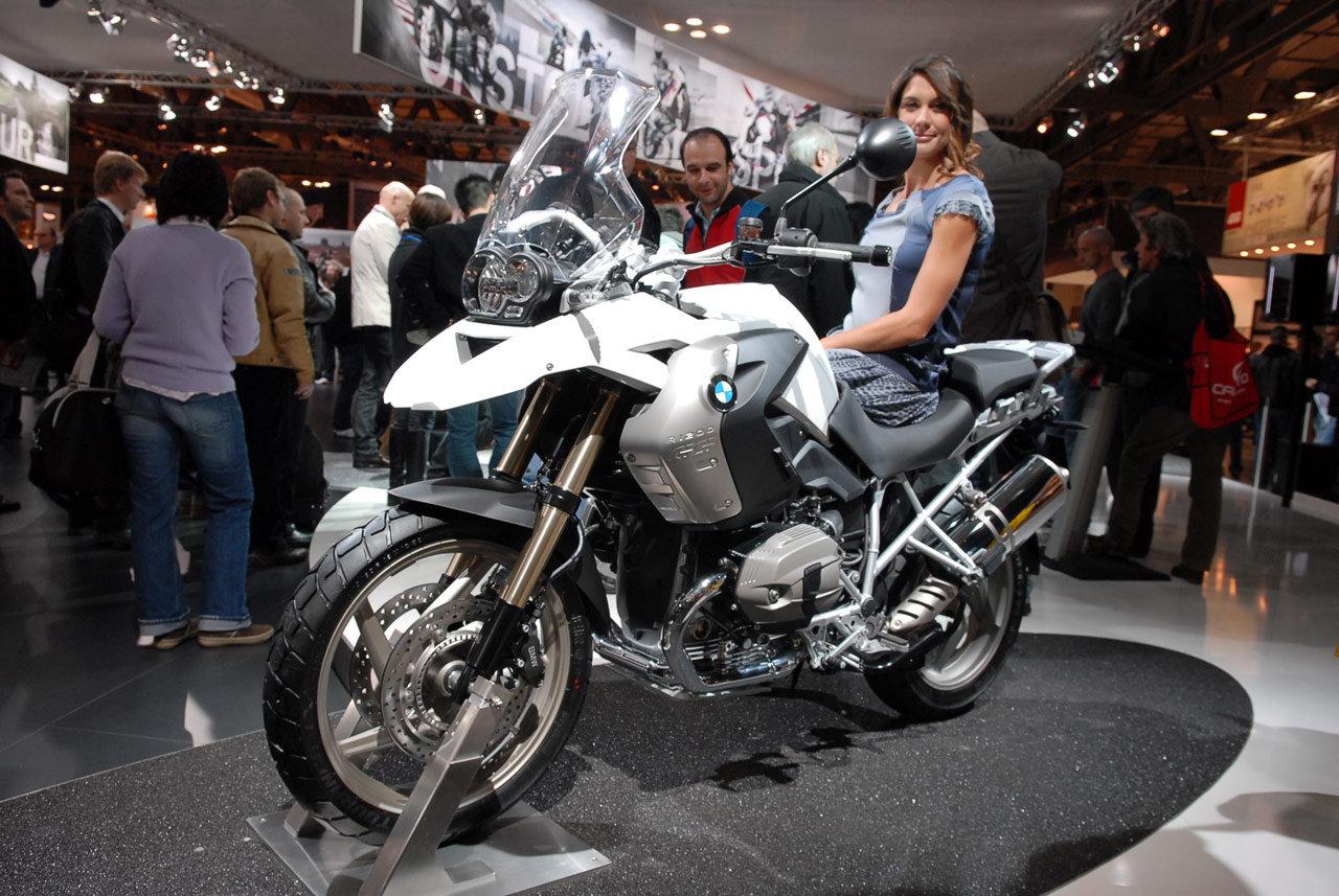 Qual è la moto ideale per viaggiare? News