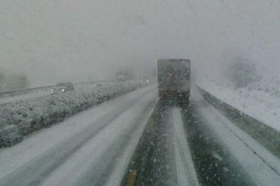 Non dimenticate l'obbligo delle catene da neve a bordo! News