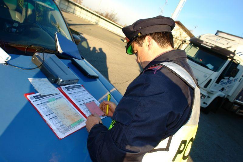 Che cosa fare in caso di patente scaduta Manutenzione