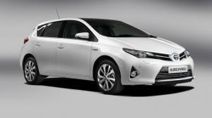 Entro settembre 4.500 euro di ecoincentivi per la Toyota Auris Hybrid Toyota