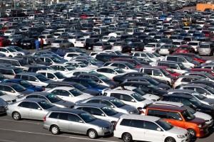 In Italia ci sono 61 auto ogni 100 abitanti News