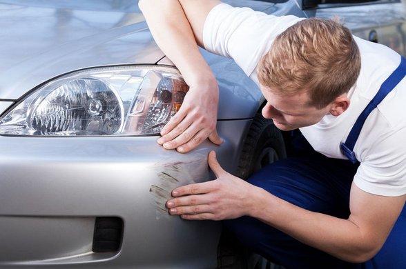 Come rimuovere i graffi dall'auto Manutenzione